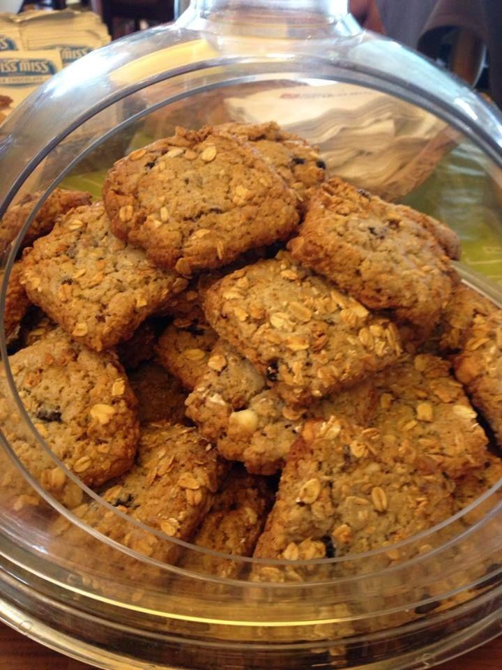 Hilton Garden Inn welcome cookie bars copycat recipe! The best cookies ever!