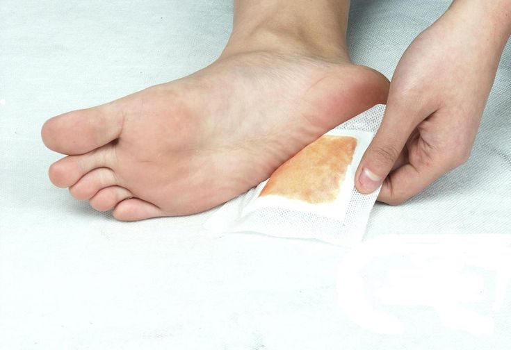 Homemade detox foot pads to remove all the dangerous toxins from your body