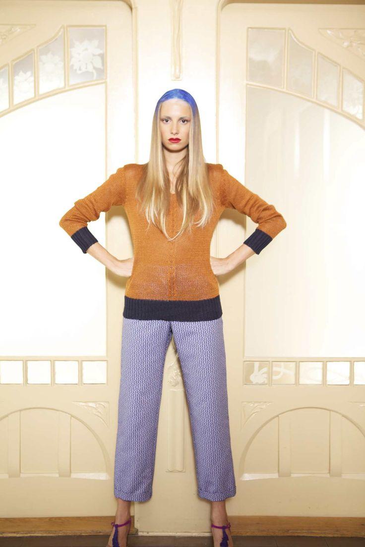 Flora Steiger-Crawford / pull maille Eve Arnold / pantalon jacquard