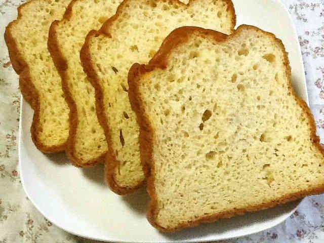 一番シンプル低予算!糖質制限大豆粉食パンの画像