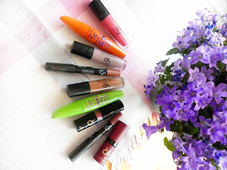 Moje produkty od @goldenrosepolska oczywiście nie wszystkie. Jutro się trochę im poprzyglądam �� . . . #polishgirl #blonde #blogger #happy #smile #today #mypage #follow #holiday #beauty #cosmetic #makeup #love #me #photography #flowers #summer http://ameritrustshield.com/ipost/1556002708421449476/?code=BWYCDghAZcE