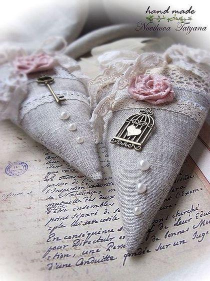 Забытое письмо ... (Тильда-сердечко в стиле шебби-шик) - серый,розовый