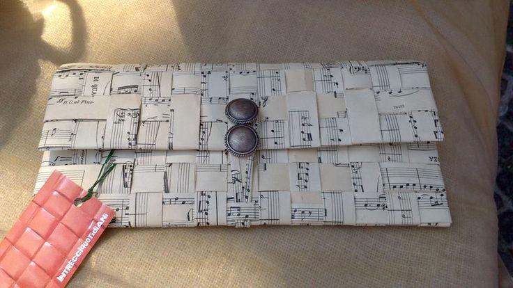 musical paper pochette