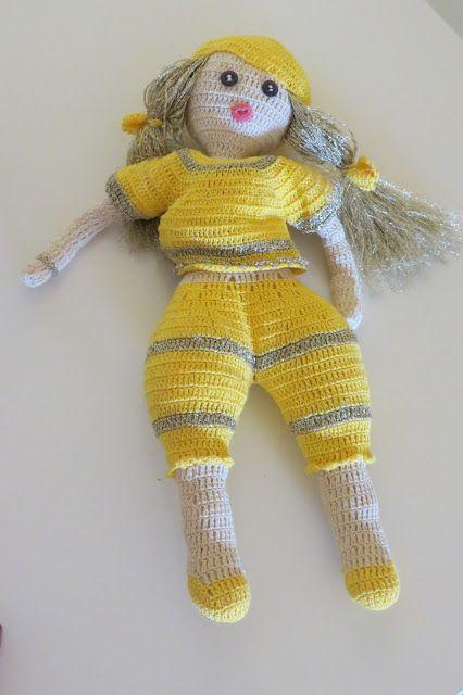 O cantinho da Sila: Boneca em crochet