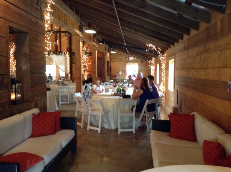 Rustic wedding at 9 oaks farm a wedding and event venue for Indoor outdoor wedding venues