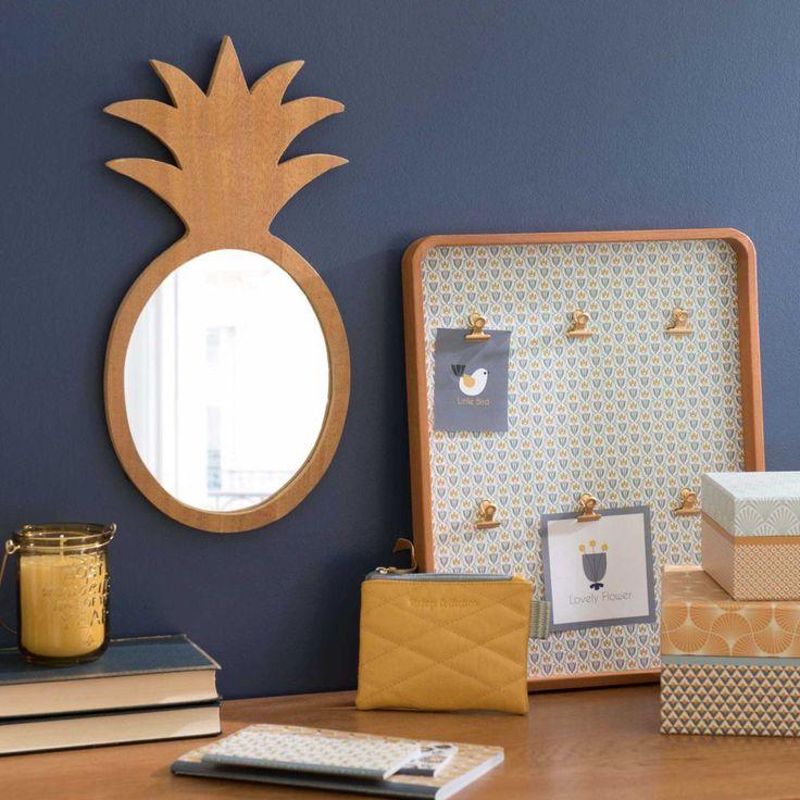 Miroir ananas en bois H 40 cm