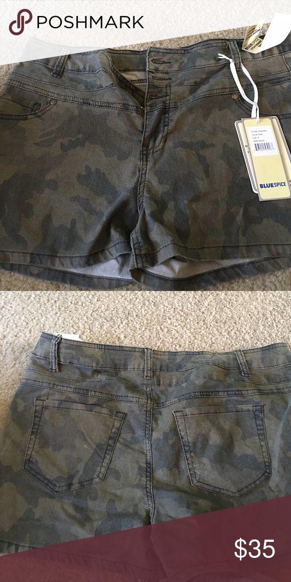 NWT size 15 army shorts high waist NWT Shorts Jean Shorts