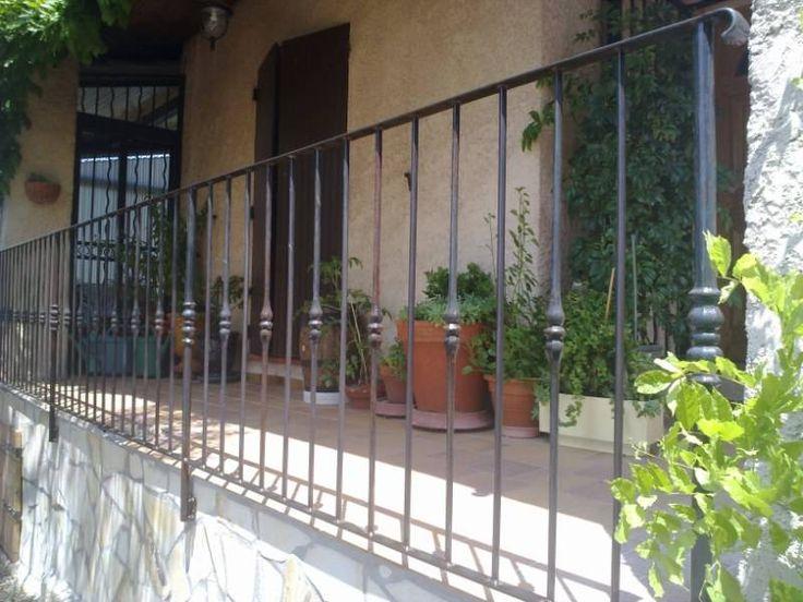 Garde corps fer forgé bruni sur balcon (Martigues) Plus