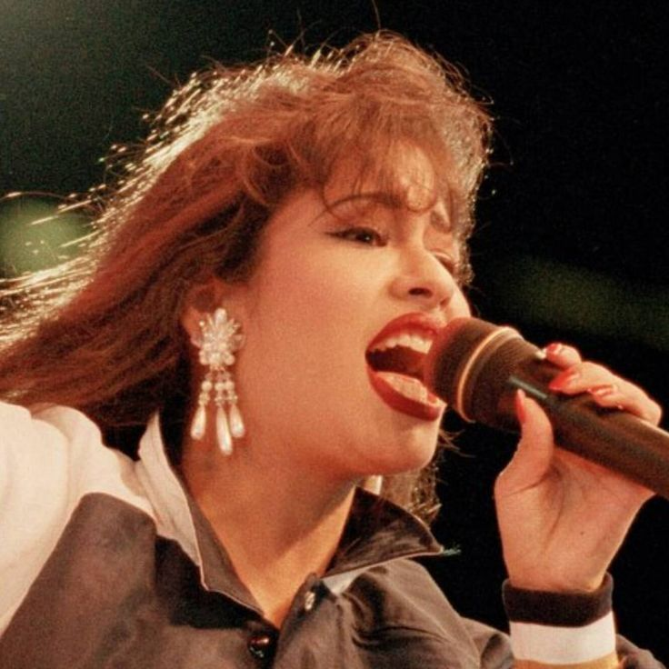 Instagram photo by Selena Quintanilla forever • May 8, 2016 at 1:40 AM