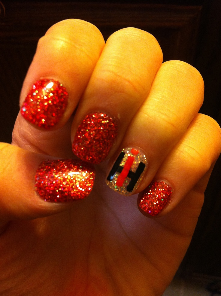 case ih! these are my kinda nails