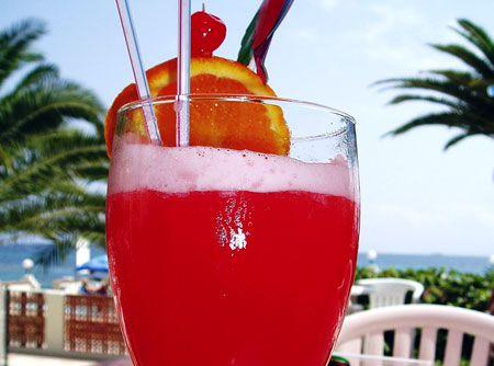 Coquetel de Frutas com Vodka