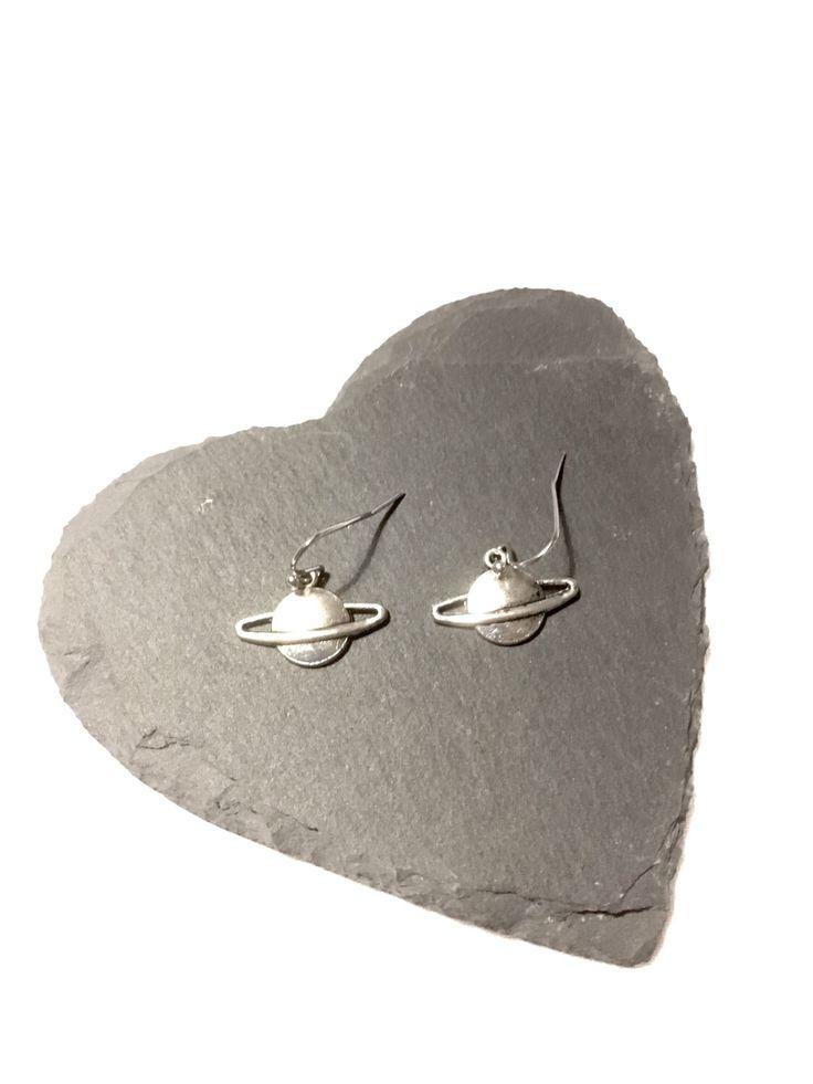 #planet #saturn #earrings #space #Nasa #geek #geekearrings #jewelry #astronomy #galaxy #planetary #etsyuk #etsyshop