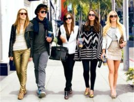 Ladri a 15 anni per i vestiti alla moda. Arrestati due studenti a Reggio Emilia