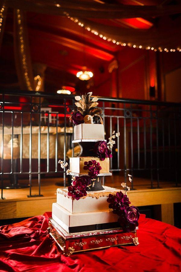 Glamorous Halloween wedding cake