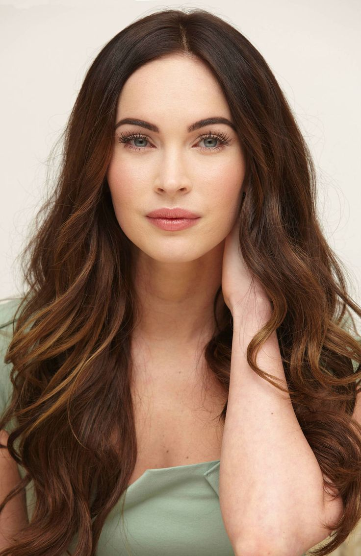 Megan Fox natural makeup look