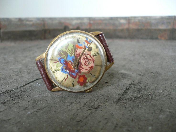 Vintage floral wrist watch