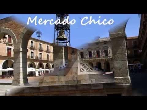 Fotos de: Ávila - PLaza del Rastro - Puerta de la muralla y Plaza Mercad...