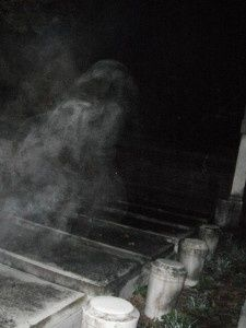 Scary Pictures Real Ghost   Mike Krause photo of what appears to be a ghost at Jones cemetery on ...