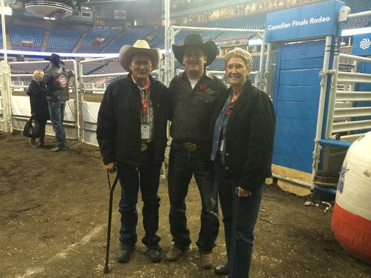 Amazing moment to meet Clyde and Elsie Frost at the @cfredmonton today. Parents of the great a Lane Frost