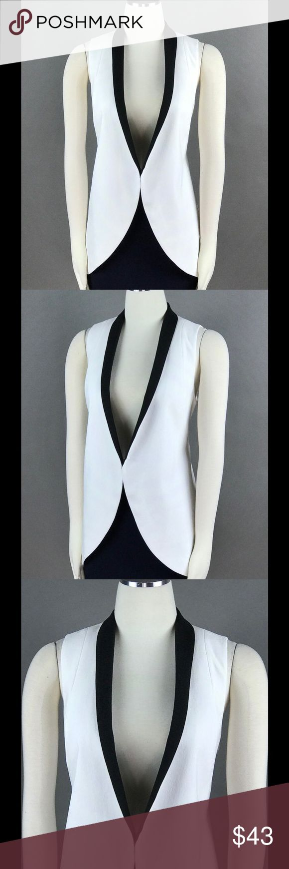 BCBGeneration White Black Vest Top NEW BCBGeneration White Black Vest Top Size S Crepe Colorblocked Open Front Sleeveless $148 NEW BCBGeneration Jackets & Coats Vests