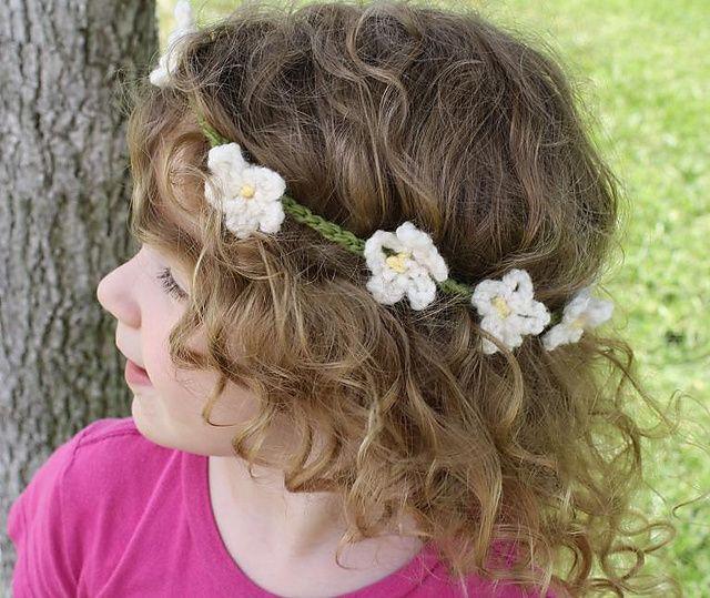 Fairy Princess Daisy Chain Crown by Rebecca Hill  http://www.ravelry.com/designers/rebecca-hill