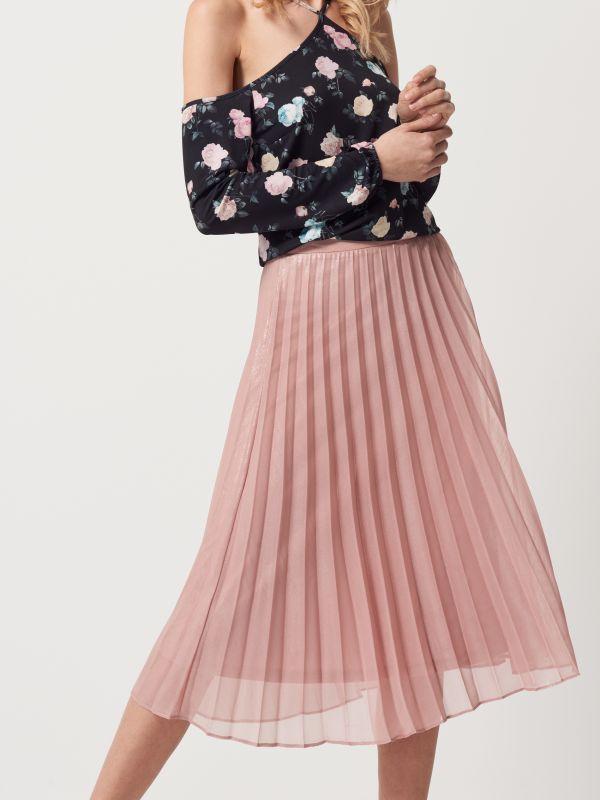 Pudrowa plisowana spódnica z połyskiem, SPÓDNICE, rÓŻowy, MOHITO