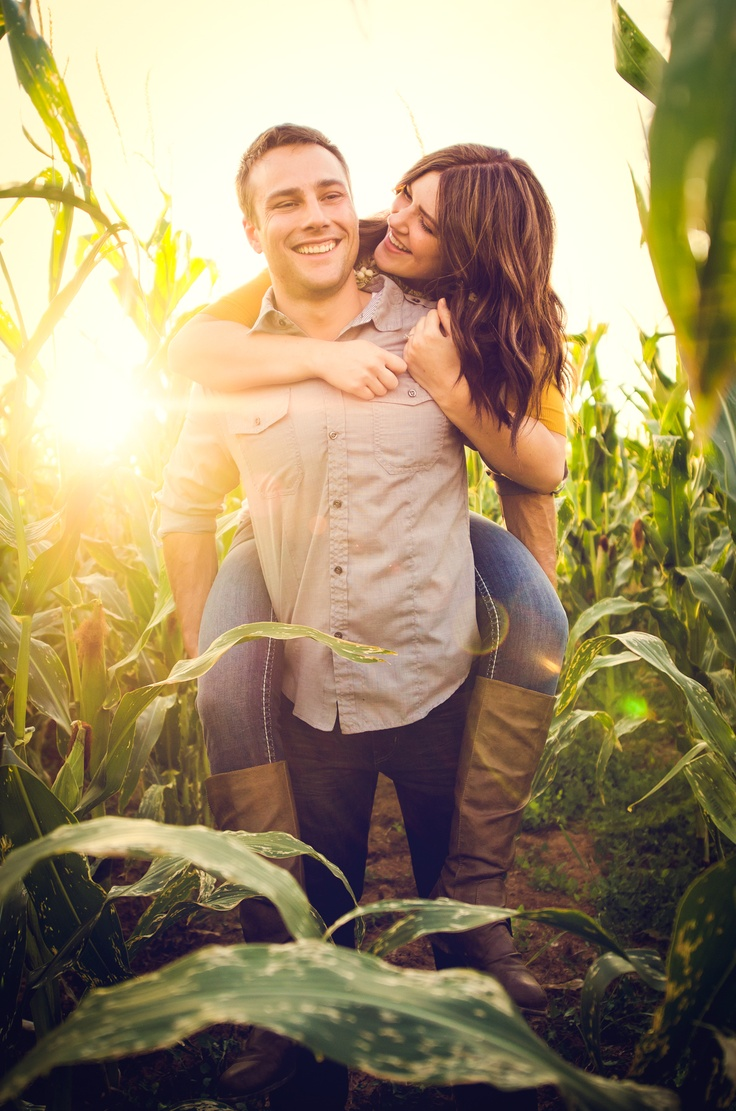Corn field engagement session!