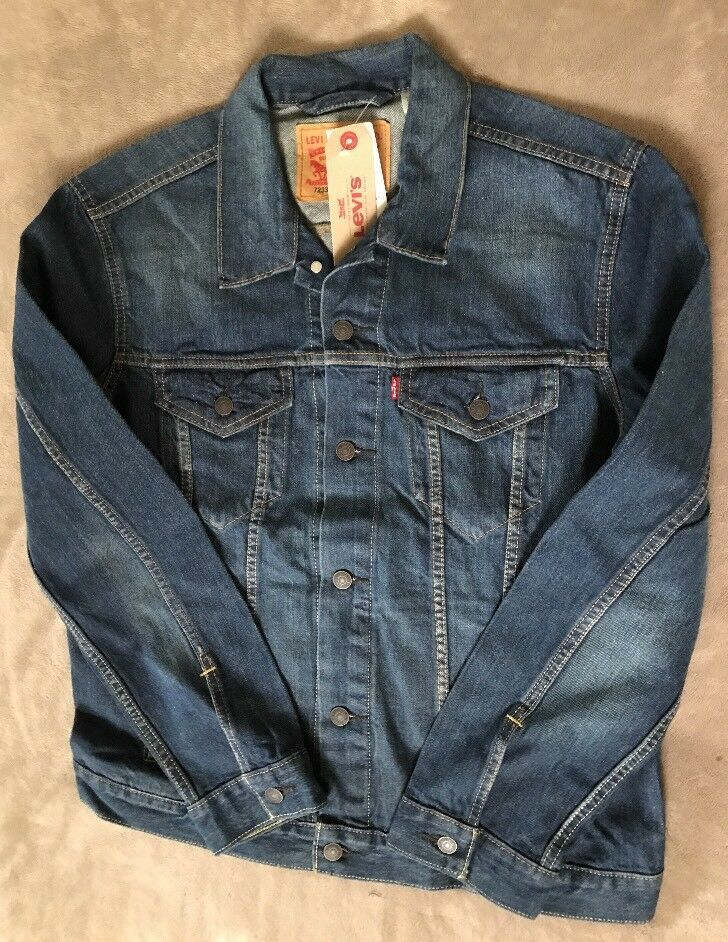 db479b43183 Levis Mens Trucker Denim Jacket Medium Wash NEW Sizes S L 2XL  Levis   DenimJacket