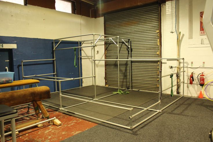 Key Clamp Parkour practice frame made from galvanised steel tube and key clamps.