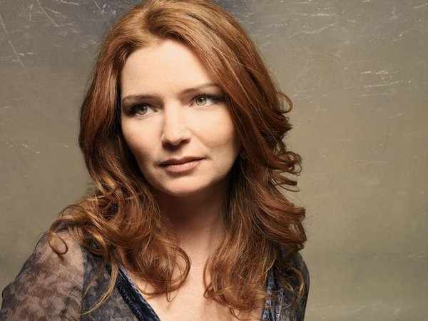 Brigid Brannagh in Army Wives