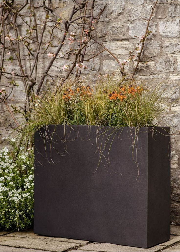 Tall & slim contemporary, smart and lightweight planters