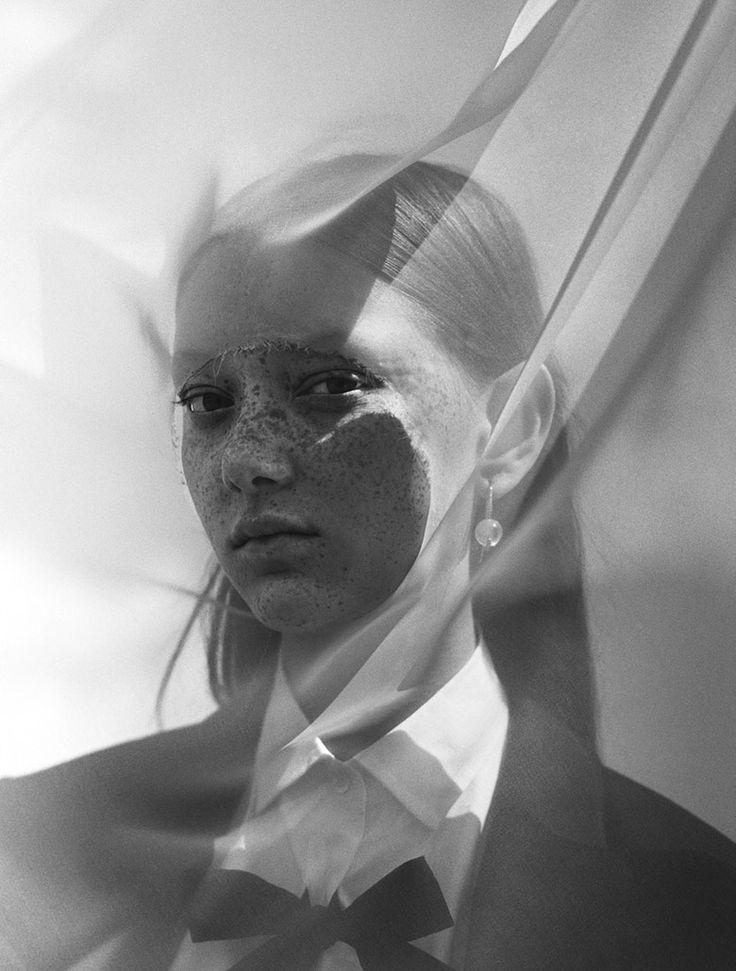 Photo Sara Grace by Jack Davison for Dazed Magazine Fall 2017