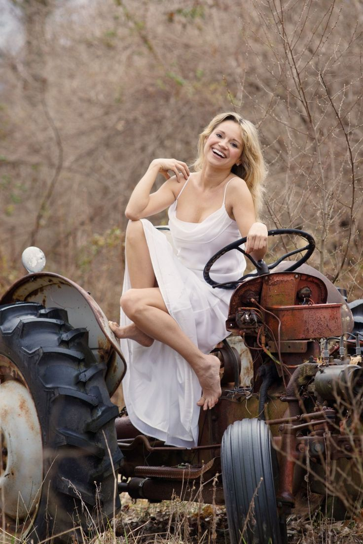 Pin By Joshua Downing On Tractor Girls Pinterest