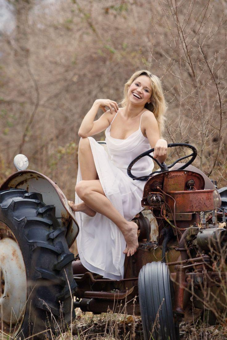 Ece Ca A A B F F Barefoot Tractors