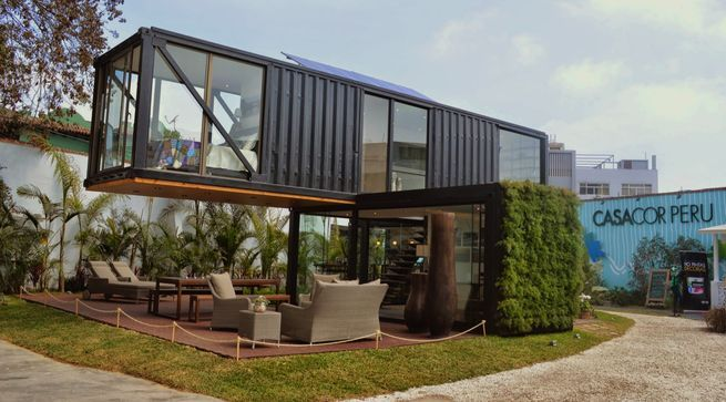 Sachi Fujimori's Casa Reciclada was constructed from used shipping container. Architects Anna Duelo, Úrsula Ludowieg OPhelan and Marc Koenig collaborated on the project. Courtesy of: Terra Hall