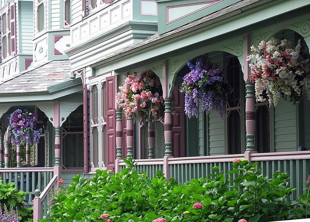 Victorian Hanging Flower Baskets : Best hanging flower baskets ideas on