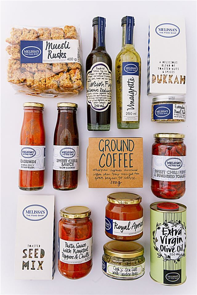 TASTE OF MELISSA'S > The perfect selection of essential everyday kitchen ingredients makes every cooking experience an absolute treat. This hamper box is for today's enthusiastic cook. > SHOP ONLINE