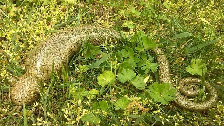 Kaméleon / Chameleon  www.mesekeramia.hu  #mesekerámia #kertidísz #kaméleon #fairygarden