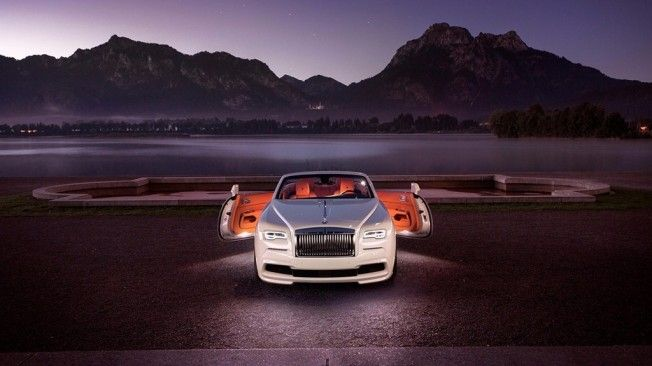 2018 Rolls-Royce Dawn Review and Price