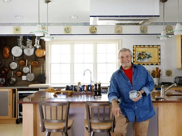 Jacques Pepin's kitchen : We figured after 30 years on television, Jacques Pepin—one of the original celebrity chefs—would have all sorts of fancy cooking equipment at home. But the Frenchman's most prized possessions in his Madison, Connecticut, kitchen are a beat-up old garlic press and an industrial-size rubber garbage pail.