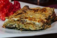 αυθεντική συνταγή για ιταλικά λαζάνια ,ε μοτσαρέλα, σπανάκι και μανιτάρια