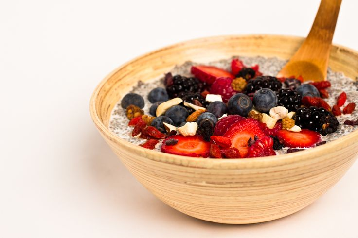 Breakfast: Chia seed porridge. Just soak chia seeds with almond or coconut milk, add cinnamon, stevia (or honey) and dried/fresh fruit. Yummy and super healthy.