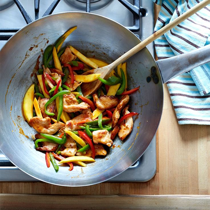 Stir-Fried Chili Mango Chicken with Peppers | Recipes | Weight Watchers