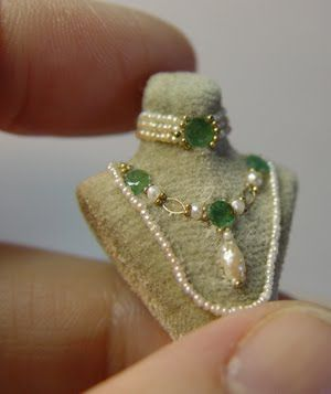 Wonderful jewelry display by Lori Ann Potts via EV Miniatures, gorgeous Idea