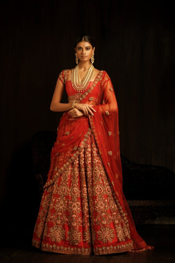 Welcome to thebrowngirlguide! Your no.1 source for anything desi wedding/fashion related.