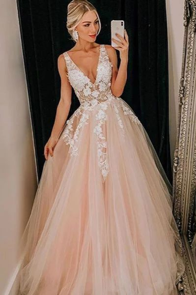 Mild Pink Tulle V Neck Applique Lace Marriage ceremony Gown/Promenade Gown
