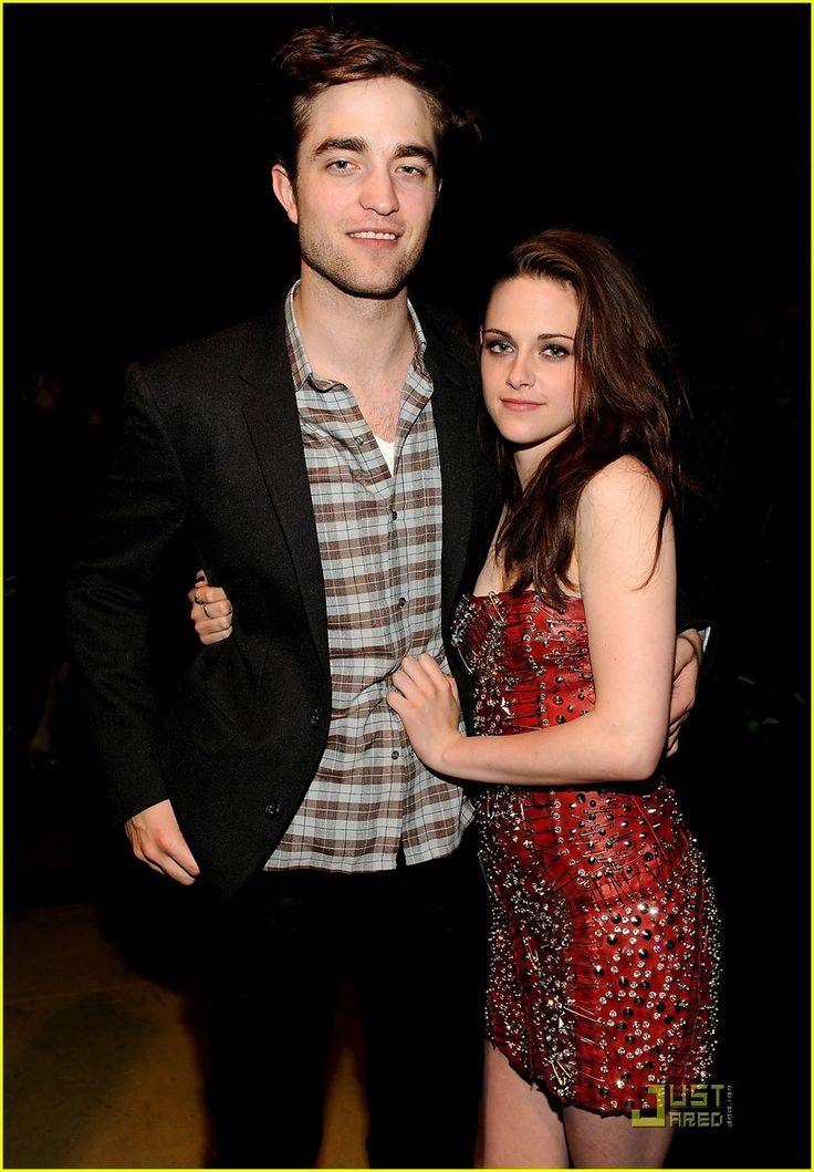 robert+pattinson+and+kristen+stewart | kristen stewart and robert pattinson kissing ,kristen stewart and ...