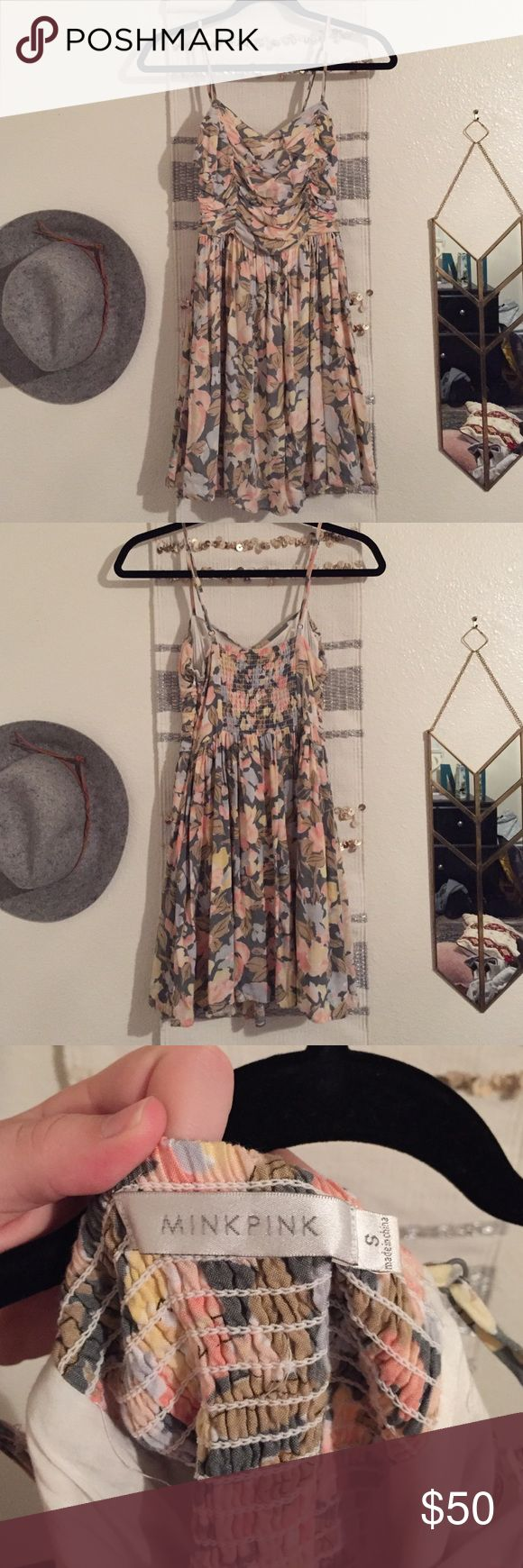 Mink Pink floral dress Perfect for any floral occasion🌸🌸 only worn once MINKPINK Dresses Mini