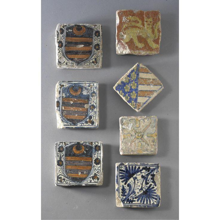 Gruppo di sette mattonelle in maiolica<br>Principalmente Faenza, secolo XVI | lot | Sotheby's