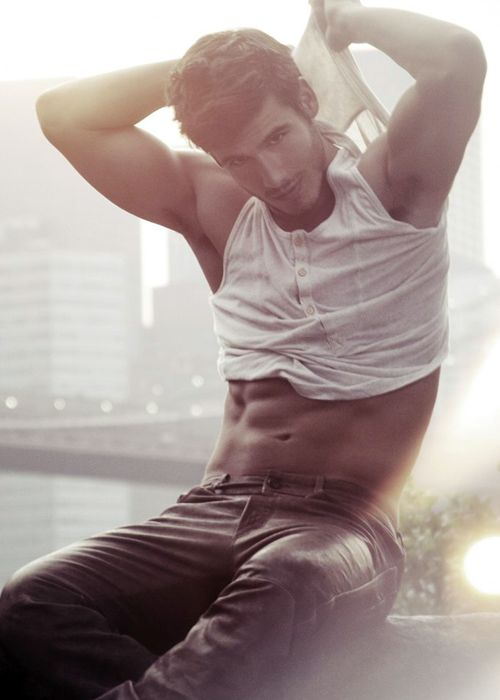 damnBrazilian Male Models, Lucas Bernardini, Sexy Men Shirtless, Boys, Hot, Eye Candies, Male Underwear Models, Guys, Male Eyecandy